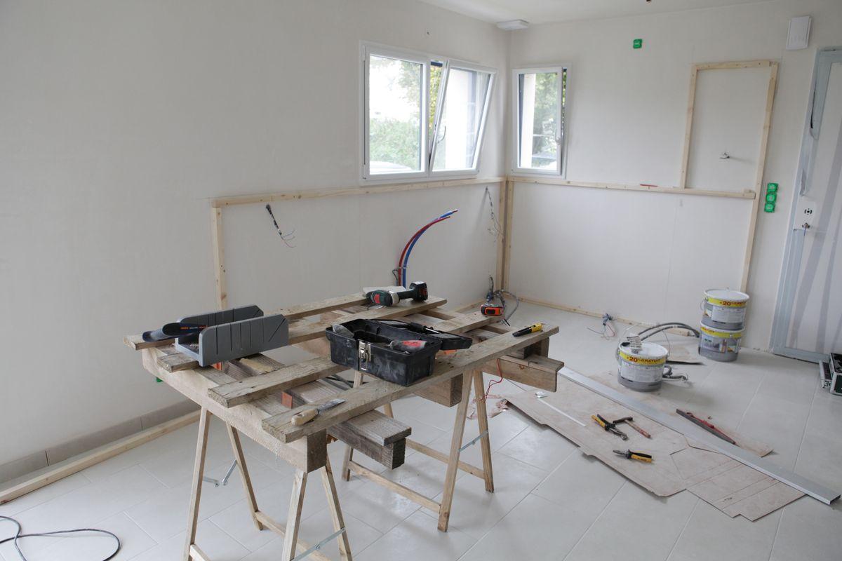 j 27 coffrage cuisine et peinture au pistolet le blog de fifi et doudou. Black Bedroom Furniture Sets. Home Design Ideas